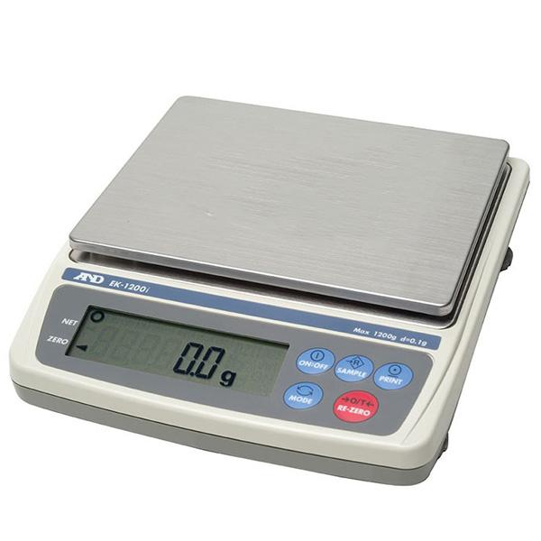 ترازوی دیجیتال با دقت 0.1 گرم